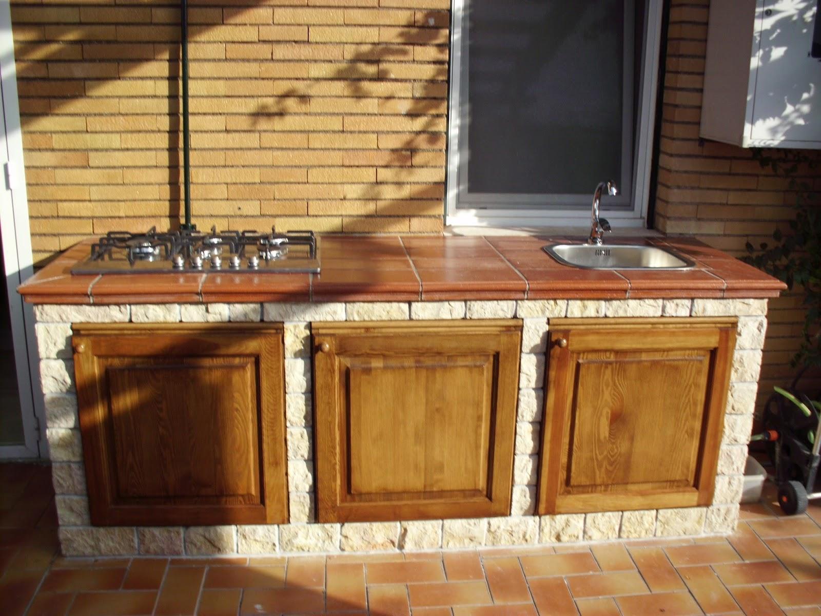 Cucina In Muratura Per Esterni | Cucine Esterne In Muratura Con ...