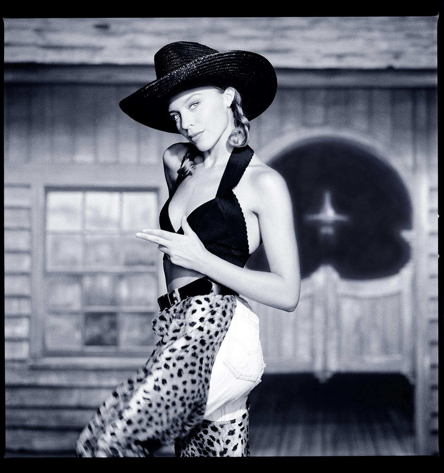 Wonderful Black And White Photos Of Kylie Minogue Taken By