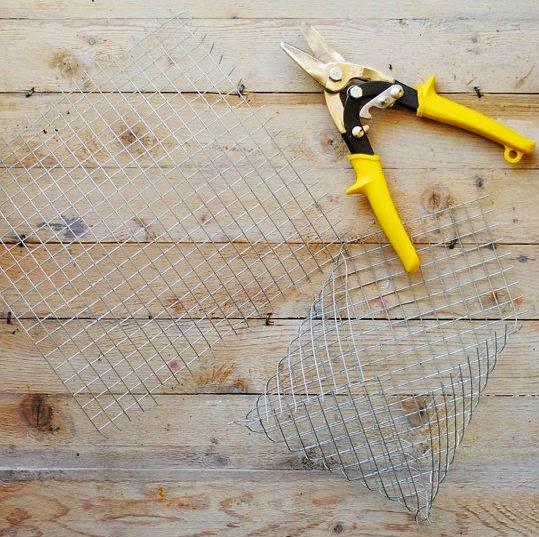C mo hacer una maceta de pared con malla de alambre - Malla alambre galvanizado ...
