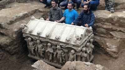 Late-Roman era sarcophagus found by Turkish farmer