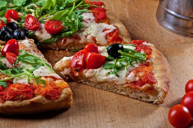 pizza-al-trancio-steet-food