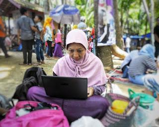 servis-laptop-terbaik-dan-murah-di-surabaya