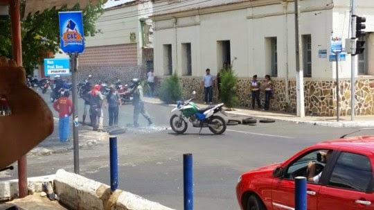 PIRIPIRI: manifestações marcam o dia na cidade