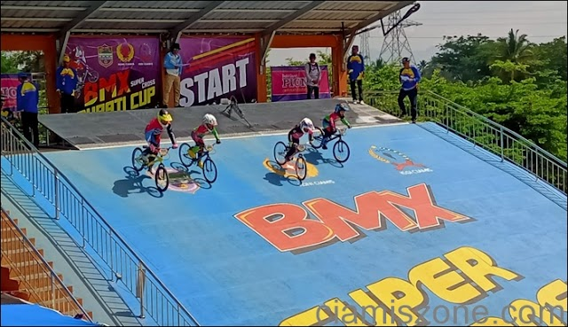119 Pembalap Ikuti Kejuaraan BMX Super Cross Bupati Cup 2019