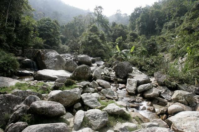Tay Con Linh mountain 3