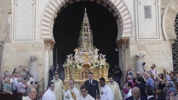 El Cabildo de Córdoba celebrará una procesión claustral del Corpus por el patio de los Naranjos