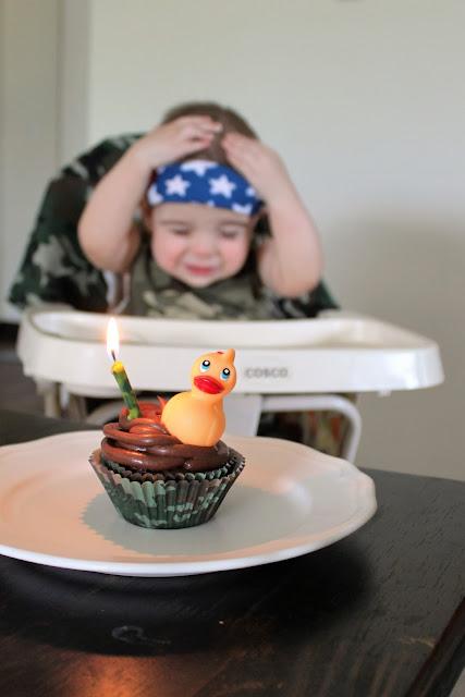 Duck Dynasty cupcake