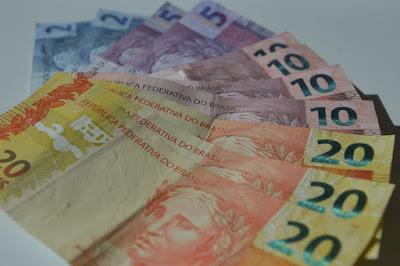Governo Federal reduz para R$ 1.031 estimativa de salário mínimo para 2020