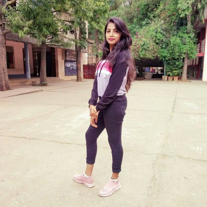 India simple girl in 30 Most