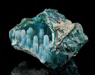 Hemimorfita azul