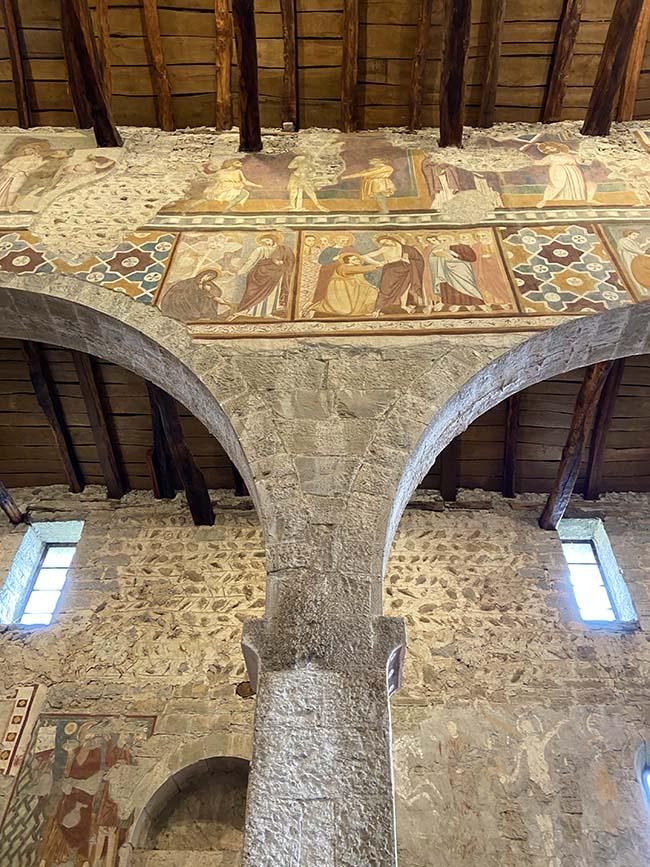 Affreschi romanici in provincia di Bergamo
