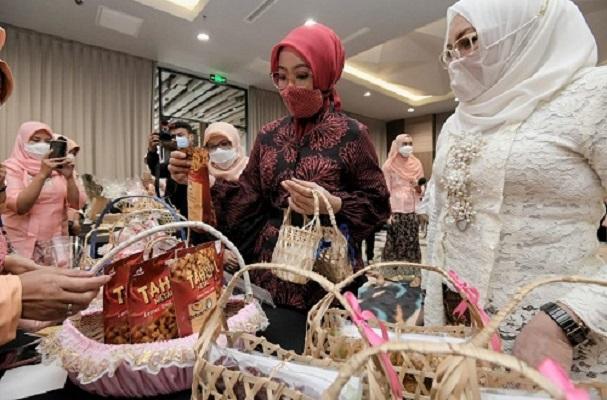 Dekranasda Jabar Bagi Tips Sukses UMKM di Tengah Pandemik
