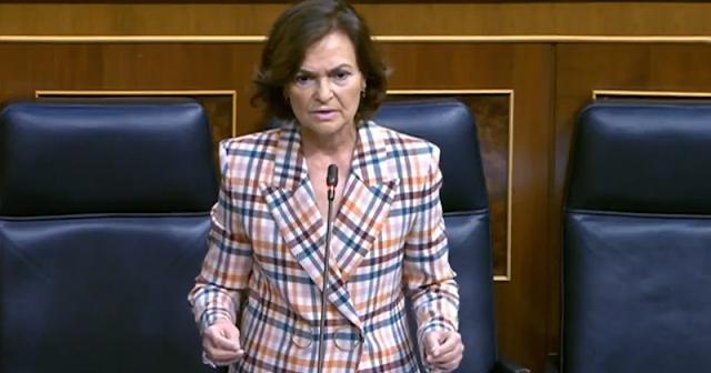 """Carmen Calvo descarta un referéndum sobre la monarquía: """" la Jefatura del Estado no está en cuestión"""""""