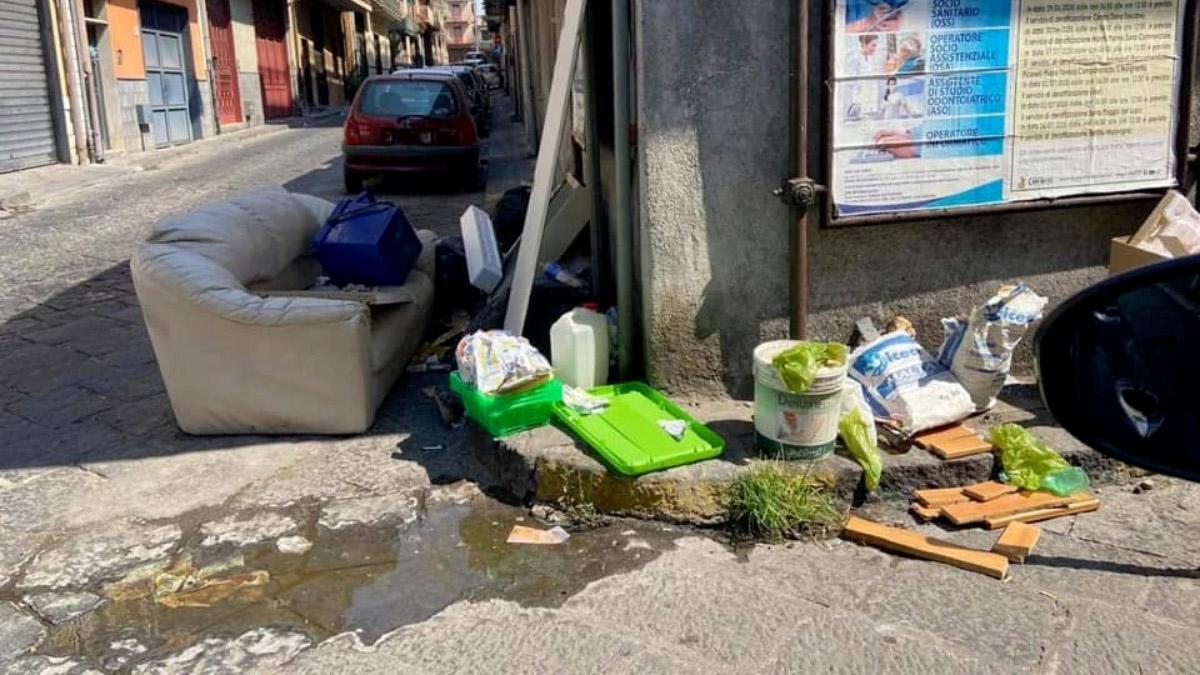 videosorveglianza Misterbianco discariche abusive abbandono rifiuti