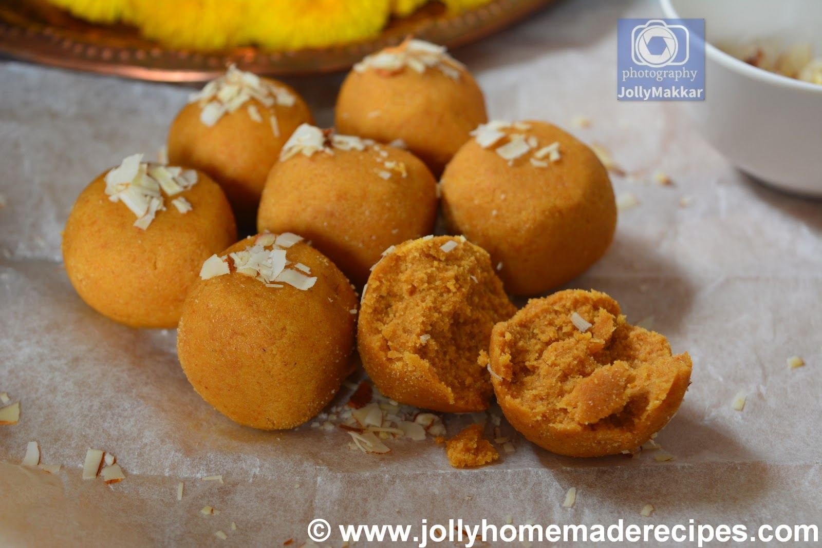 How to make Besan Atta Ladoo Recipe