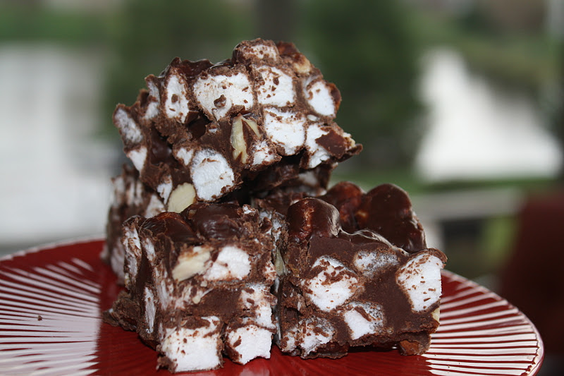 Jourdan Leigh in the kitchen Rocky Road Bars