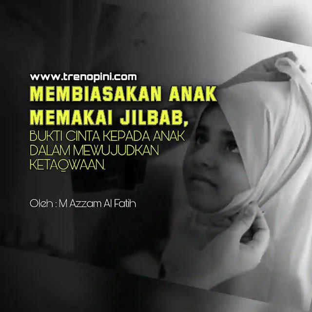 Belakangan jilbab menjadi viral di media sosial lantaran seorang wanita bernama Nong Darol Mahmada mengatakan ada kekhawatiran dampak dari penbiasaan terhadap anak sejak usia dini untuk memakai jilbab. Menurutnya, akan berdampak eksklusif, merasa bahwa dirinya berbeda dengan lainnya.