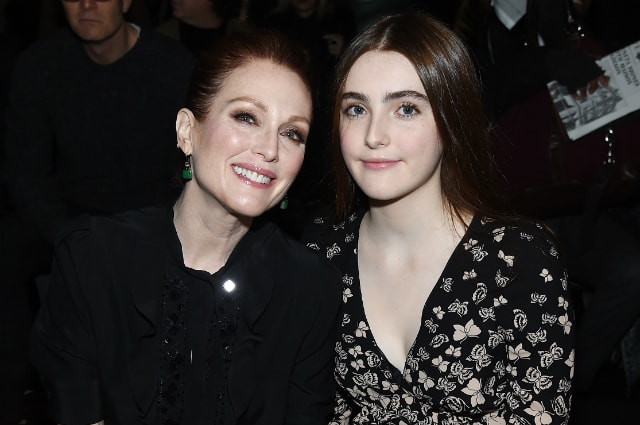 Julianne Moore and Liv Freindlich
