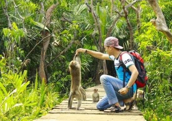 Pulau kembang wisata unik di banjarmasin