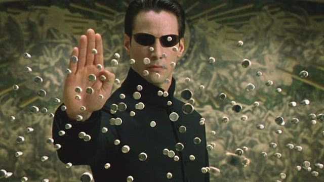 Matrix 4 com Keanu Reeves e Carrie-Anne Moss