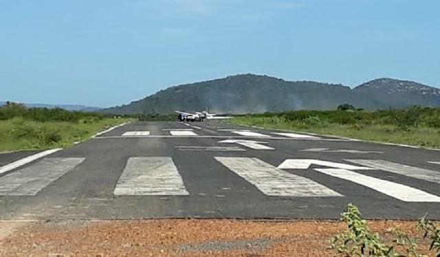 Oeste da Bahia: Avião com vacina do covid-19 colide em jumento ao pousar