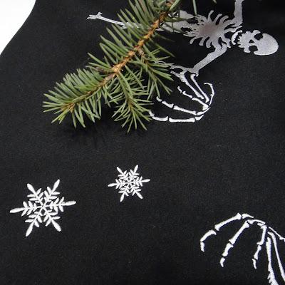 Новый год в готическом стиле: юбка под елку. Авторская работа. Доставка почтой или курьером