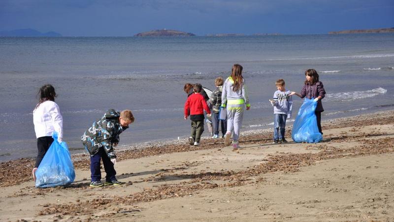 Δράση καθαρισμού της παραλίας Ιμέρου Ροδόπης
