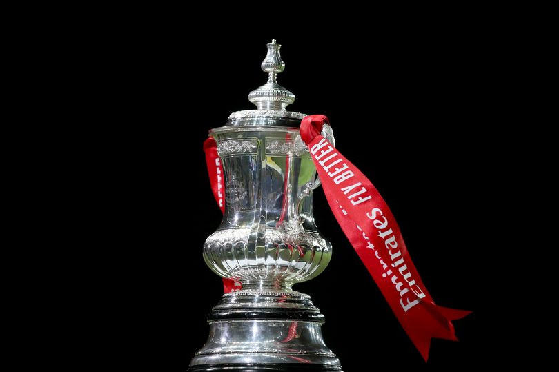 English clubs will switch their focus to midweek FA Cup action as the last-16 teams battle it out for quarter-final berths