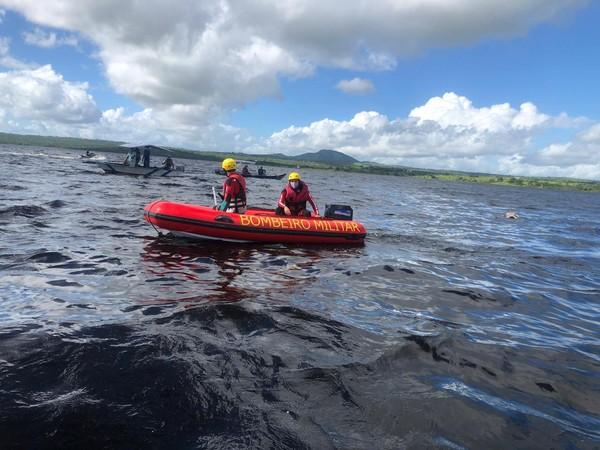 Bombeiros localizam últimos dois corpos de vítimas de acidente em embarcação no Rio Paraguaçu