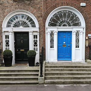 Georgian Doors of Dublin: Blue and black door on Merrion Square