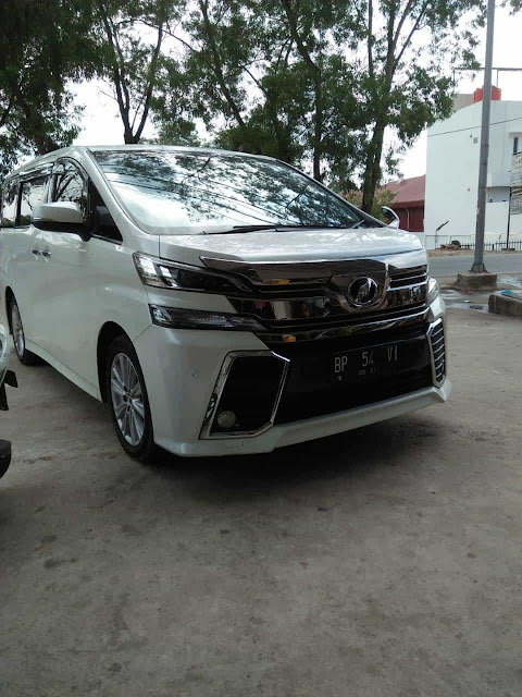 Alphard Rent Car Batam