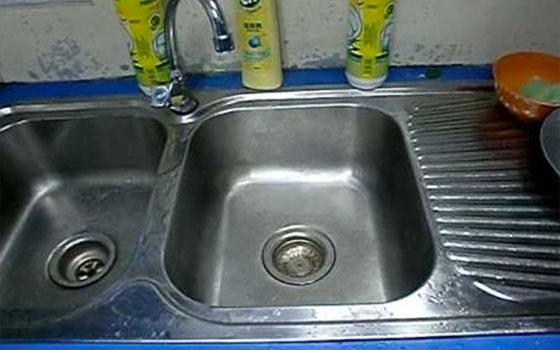 Cara Cuci Sinki Paling Berkesan, Dah Tak Perlu Panggil Tukang Paip