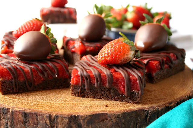 Chocolate Covered Strawberry Bars from LoveandConfections.com