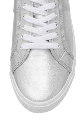 sportowe tenisówki H&M metaliczne dodatki trendy 2016 metaliczne srebrne buty