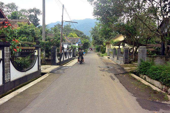 Jalan di Desa Wisata Candirejo