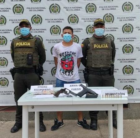 https://www.notasrosas.com/En Maicao:  Policía Guajira capturan dos personas cuando cometían un atraco y recupera 2 millones de pesos