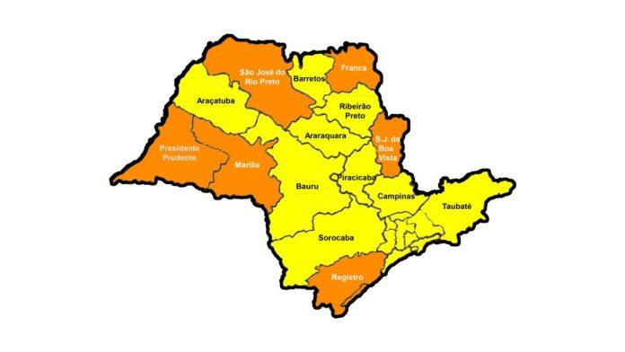 Crônica Dominicana 22/08/2020  - Barretos voltou para a Fase Amarela no Plano SP, mas a quantidade de UTIs é preocupante e está no limite - Blog Celso Branicio