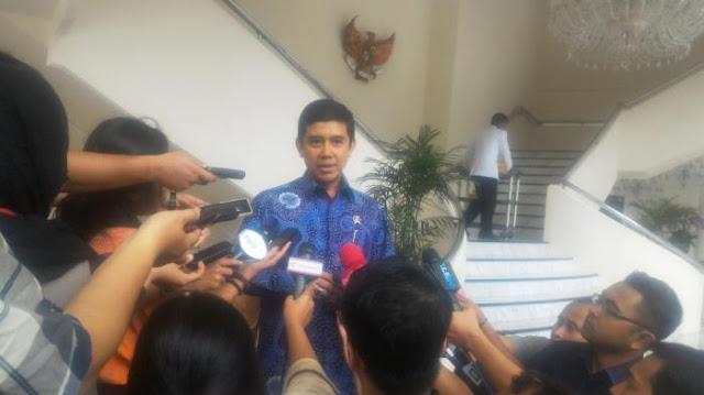 Menteri Yuddy: PNS Tidak Produktif, Malas, Bikin Onar, Akan Dirasionalisasi