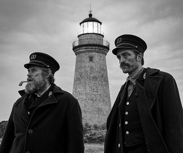 """[Tráiler] """"The Lighthouse"""" (2019), una fantasía de terror protagonizada por Willem Dafoe y Robert Pattinson"""