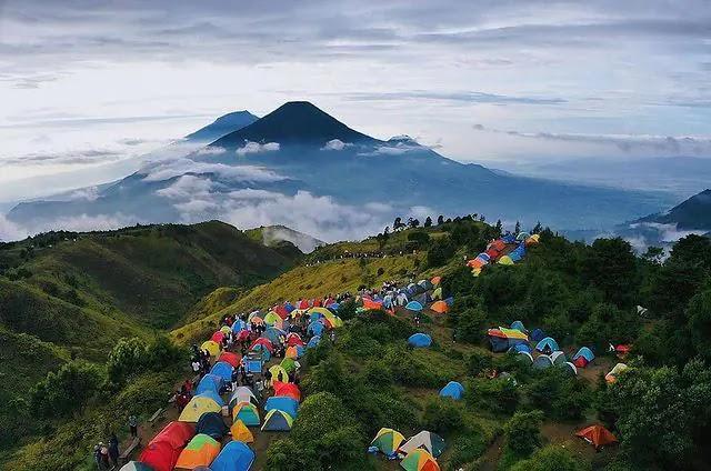 Info buka tutup gunung indonesia - foto instagram candrahdrnt28