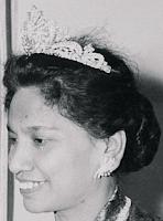 gandik diraja diamond tiara malaysia queen kurshiah negeri semblian