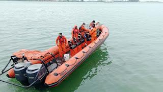 Tim SAR Gabungan Giat Temukan Kapal Tagbout Multi Sahabat 8 Tenggelam di Perairan Batuampar Batam