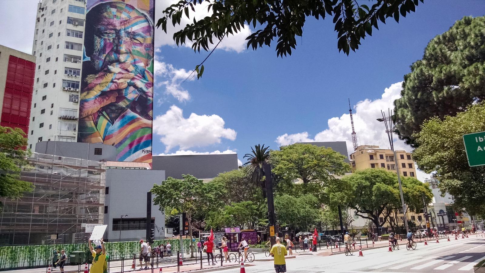 Oscar Niemeyer Av Paulista, Oscar Niemeyer grafite Cobra,Oscar Niemeyer Av Paulista, Oscar Niemeyer grafite Cobra,Oscar Niemeyer Av Paulista, Oscar Niemeyer grafite Cobra,