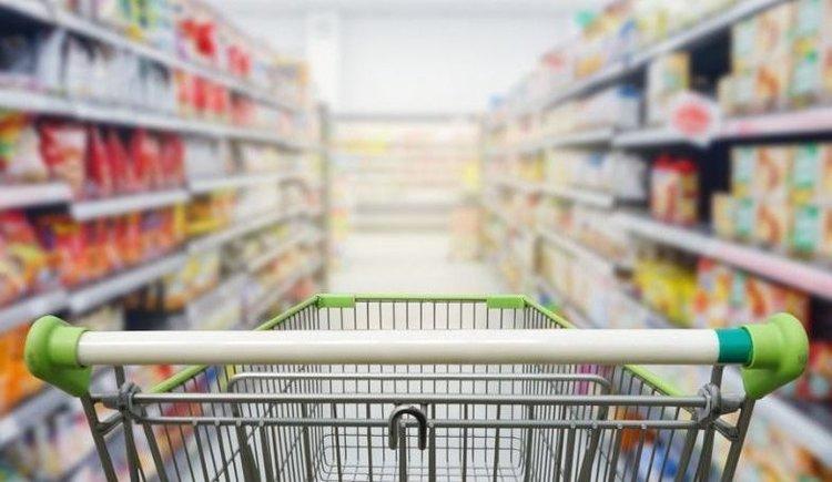 Luego de tres meses con variaciones positivas, en junio cayó 4,1% el consumo
