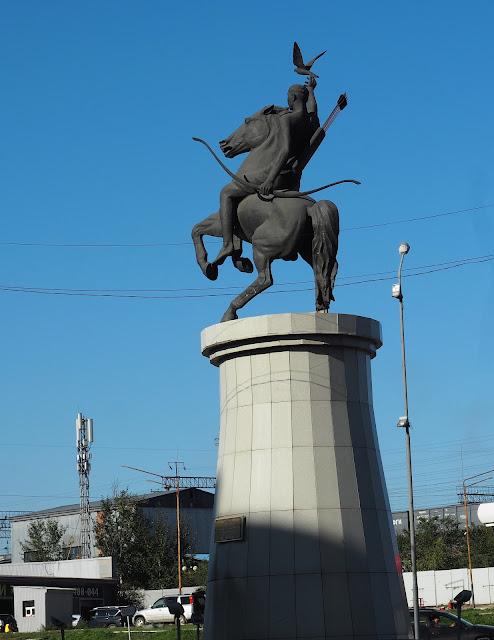"""Улан-Удэ, памятник """"Юность Бурятии"""""""