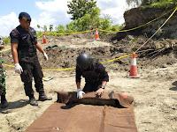Unit Jibom Gegana Satbrimob Polda Papua Amankan Bom Militer Peninggalan PD II