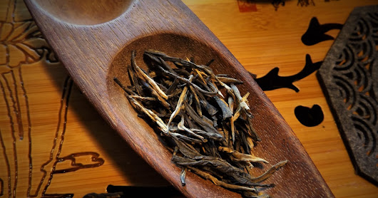 Teasenz: Dian Hong Tea - Black Needle Tea, A Tea Review