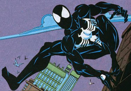Traje negro del hombre arana