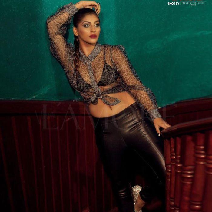 Actors Gallery: Nota movie heroine Yashika Aannand