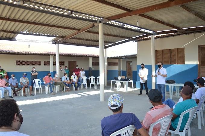 Projeto financiado por emenda do Deputado Souza beneficiará dezenas de salineiros artesanais em Grossos